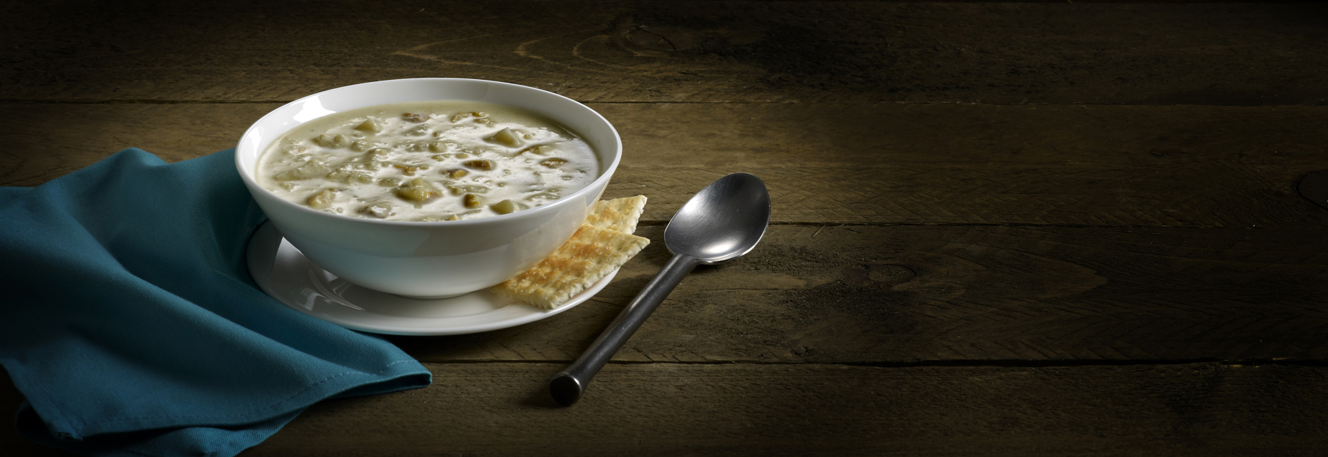 soup_ClamChowder_Wide